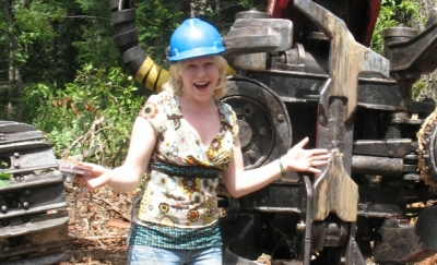 CFPA Environmental Education Intern has fun learning about CT forestry